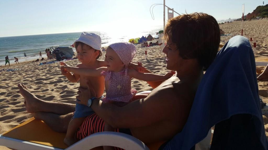 A semana de férias com os avós e tios B e F, contada pelos tios