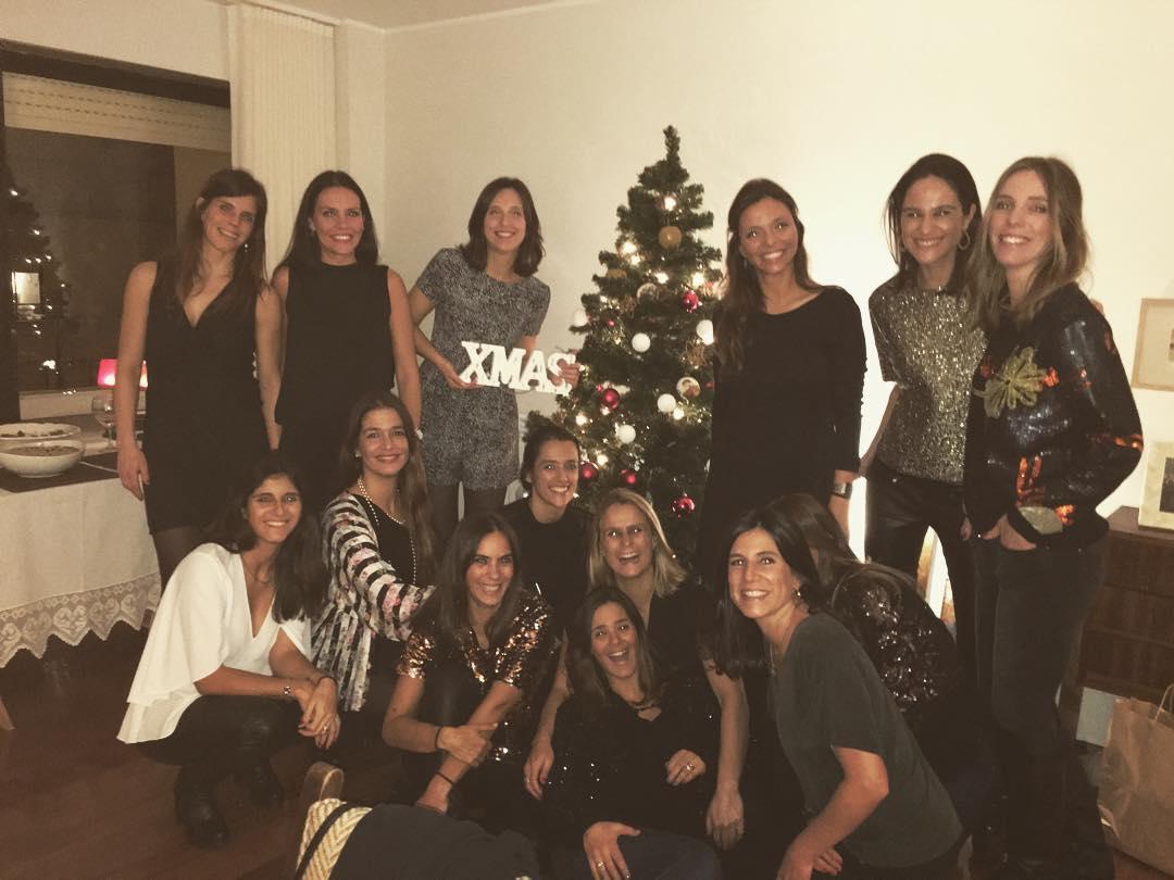 Xmas Dinner! ❤️❤️❤️ #blogaospares #xmas #friends #friendsxmasdinner #portofriends #amigasforever